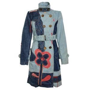 Jarní kabát z kolekce Savage Culture