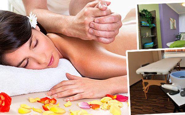 Luxusní masáž lávovými kameny a kakaovým máslem v salonu Bamizi