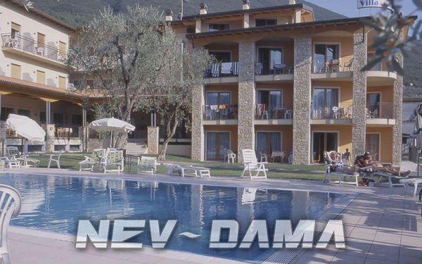 Hotel Residence Villa Isabella, Lago di Garda, Itálie, vlastní doprava, snídaně v ceně