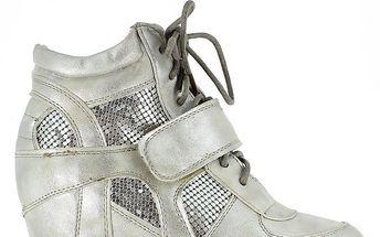 Dámské stříbrné tenisky na klínku Shoes and the City