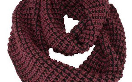 Trendy hřejivý úpletový šátek