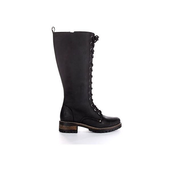 Dámské boty opotřebovaného vzhledu