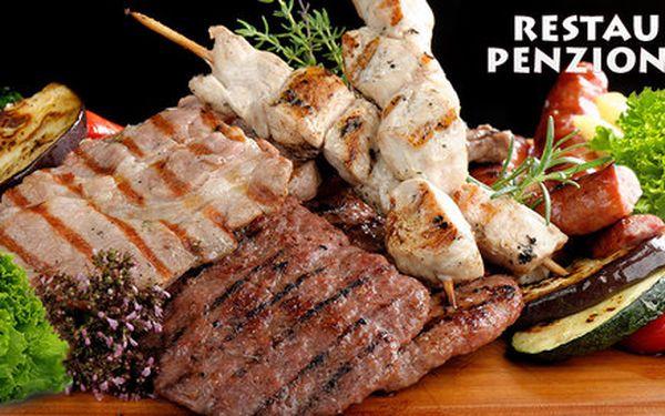 Steakový talíř se salátem až pro 3 osoby