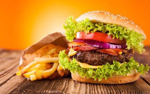 Kilový hovězí burger + 500 gramů hranolek v El Burger Pub