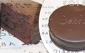 Velký sachr dort z vyhlášené cukrárny Kolbaba