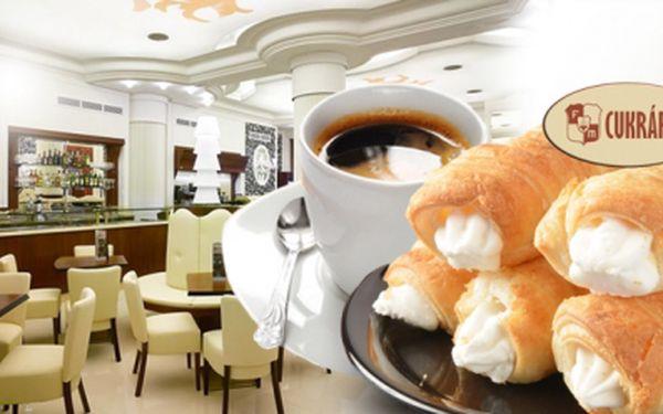 Výtečné KAFE a zákusek KREMROLE v Cukrárně Galerii Myšák! Možnost si vzít s sebou na cestu!