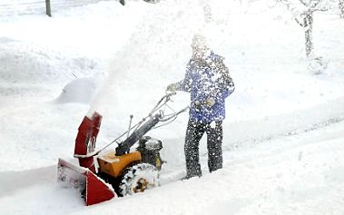 Sněhové frézy od kvalitní značky, s dvouletou zárukou a servisem.