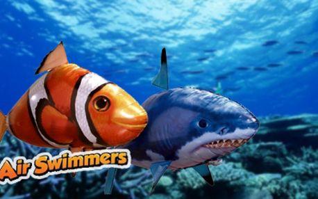 Air Swimmers - zábavná hi-tech hračka, která pluje vzduchem! Žralok nebo Nemo pro všechny věkové kategorie!