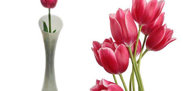 Skleněná váza z mléčného skla