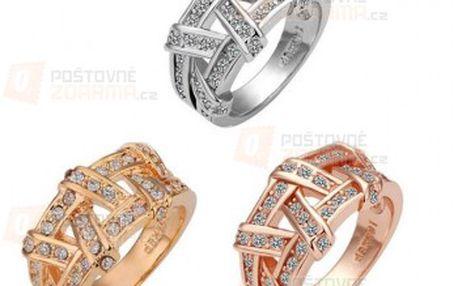 Proplétaný prstýnek se třpytivými kameny a poštovné ZDARMA! - 9999904643