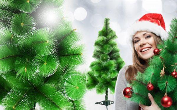 Umělý vánoční stromek až do výšky 210 cm včetně stojanu - kovového nebo plastového!