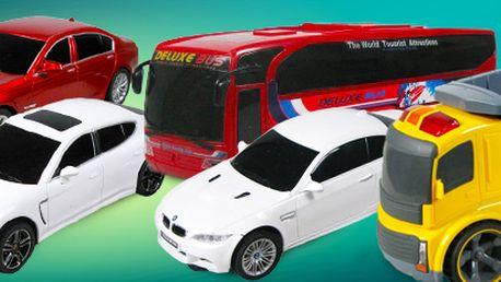 RC auta a autobus na dálkové ovládání. Hračka, kterou si užijí i dospělí!