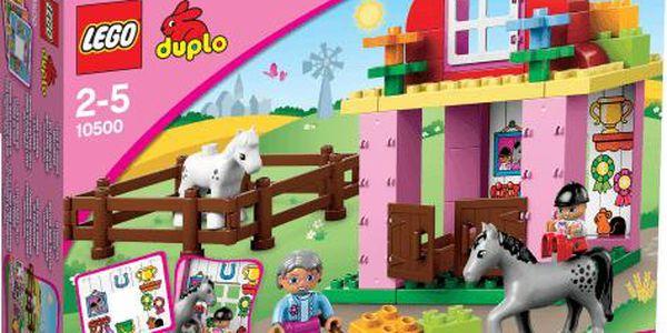 LEGO DUPLO Koňské stáje