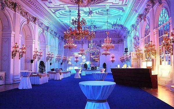 3denní pobyt v Chateau hotelu Zbiroh pro 2 osoby se středověkou večeří a prohlídkou zámku
