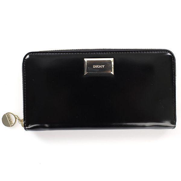 Dámská černá lesklá peněženka na zip DKNY