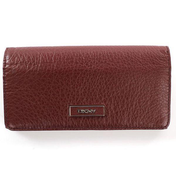 Dámská podlouhlá kožená peněženka ve vínové barvě DKNY