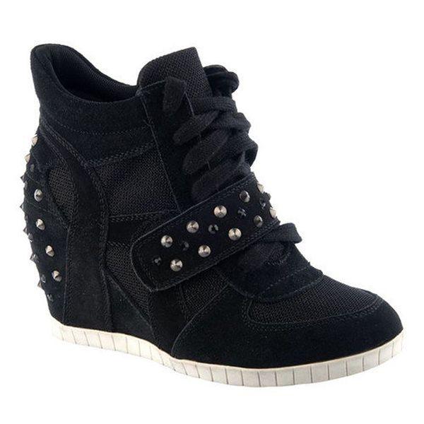 Dámské černé boty se cvočky Keddo