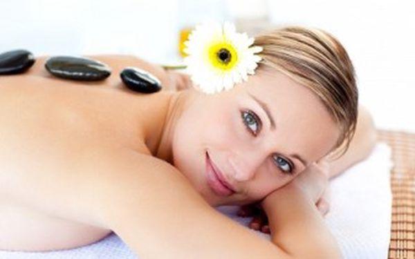 Masáž LÁVOVÝMI KAMENY v délce 90 minut. Báječný pocit úlevy díky profesionální péči v salonu Niké.