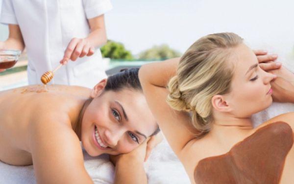 40minutová zkrášlující čokoládová nebo detoxikační medová masáž + 20 minutový zábal! Dopřejte si relax!