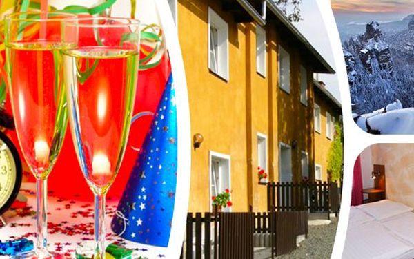 Oslavte Silvestra v podhůří Jizerských hor v apartmánech U Karla s rodinou nebo přáteli - třídenní pobyty včetně Silvestrovské veselice se skvělou slevou!!