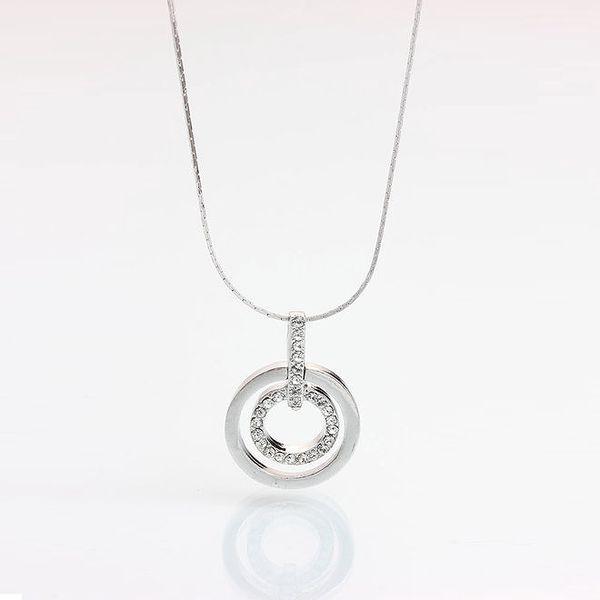 Dámský náhrdelník s kulatým přívěskem a krystaly Laura Bruni