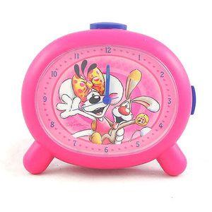 Moderně ztvárněný dětský budík s motivem myšky Diddliny a pejska Bibombla