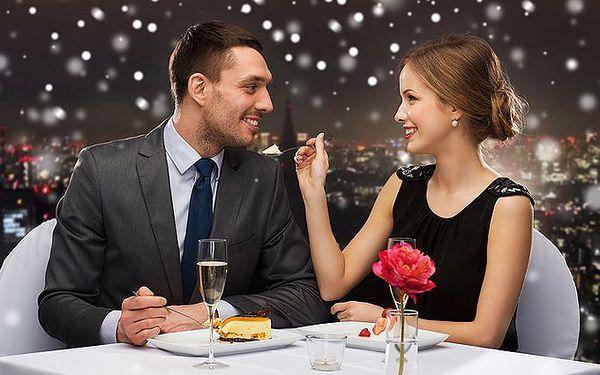 4denní vánoční nebo sváteční pobyt pro 2 osoby v Zámeckém hotelu Ctěnice**** v Praze