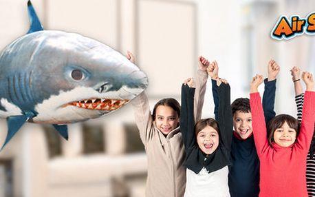Skvělý a zábavný létající žralok Airswimmer
