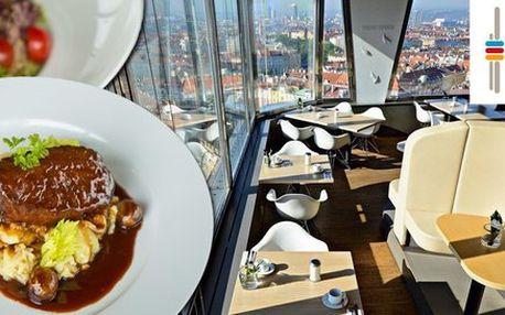 Originální oběd a vstupné na Žižkovskou věž