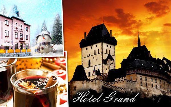 Ubytování v Hotelu Grand v Řevnicích na dosah Prahy. Ubytování na 2 - 3 noci pro 2 osoby, polopenze a svařené víno. Zajeďte si na vánoční trhy do Prahy nebo se kochejte přírodou Českého krasu.