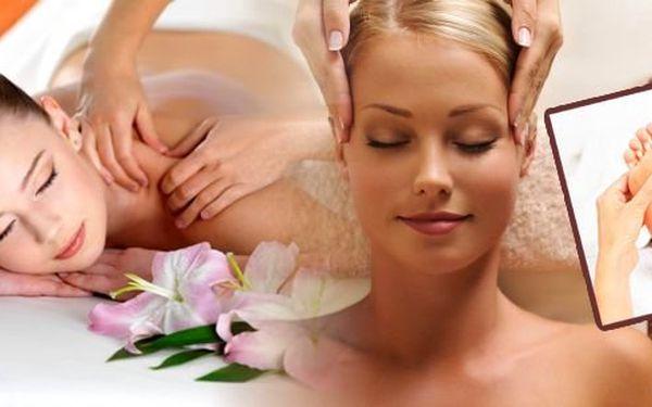 Celotělová hodinová masáž ve Studiu Riviera u metra na Praze 6. Čeká vás regenerační masáž zad, odblokování krční páteře, uvolňující masáž hlavy a reflexní terapie plosek nohou! Odejdete jako znovuzrození a plní energie.