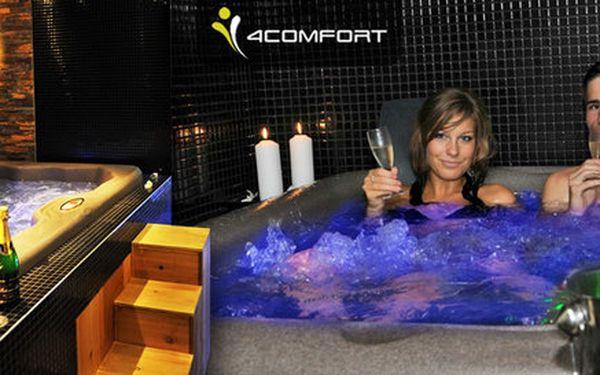 Soukromé VIP spa s vířivkou, saunou a sektem