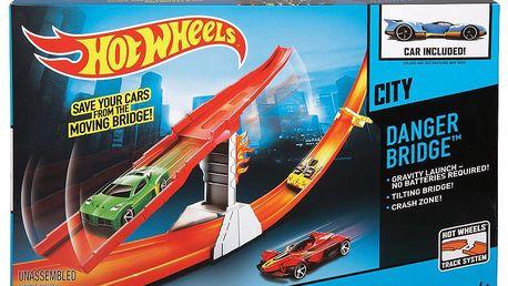 Hot Wheels dráha závodní překážky - most strachu (HOT WHEELS BGH87