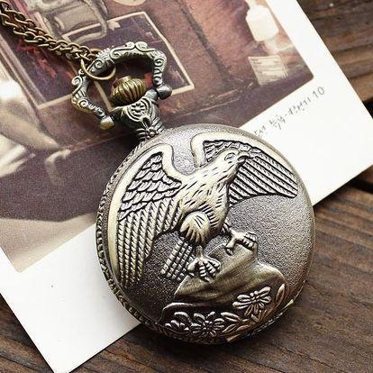 Klasické kapesní hodinky s motivem orla