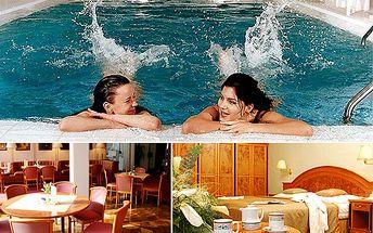 Wellness pobyt na 3 dny pro 2 osoby v Parkhotelu Golf v Mariánských Lázních s kompletními službami! 2 noci pro dva se snídaní, 2x polopenzi (3-ch.menu) pro 2 osoby, káva, 1x aroma koupel, 1x masáž dle výběru, 1x měření tlaku a pulsu, vstup do vyhřívaného