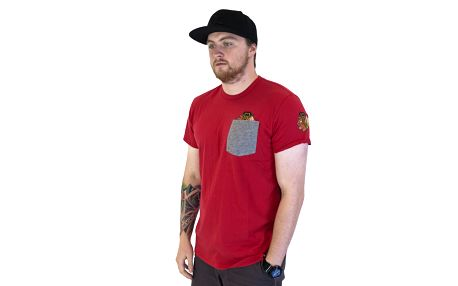 Triko 47 Brand Sneak Tip Chicago Blackhawks Red