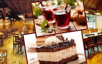 Horký nápoj a dezert v restauraci Severka! Svařák, grog nebo horká čokoláda v mnoha příchutích a k tomu lahodný ovocný nebo čokoládový dezert. Přijďte se v chladných dnech zahřát a dopřejte si sladké potěšení pro vaše chuťové buňky!