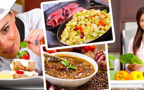 Kurz vaření zdravých jídel v Českých Budějovicích, naučte se zdravě připravovat pomazánky, bezlepkové jídla, sladké dezerty, také se dozvíte zajímavé věci o surovinách. Vše co si připravíme, uvaříme, si také sníme.