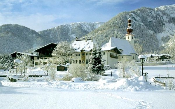 Rakousko, oblast Tyrolsko, polopenze, ubytování v 4* hotelu na 8 dní