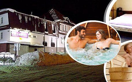 Krkonoše, Svoboda nad Úpou - pobyt pro 2 osoby na 3, 4, 6 nebo 8 dní v hotelu Prom ***! Těšit se můžete na bohatou polopenzi, whirlpool a zimní radovánky! V blízkosti vlek Černá hora! Skibus zdarma! Přijeďte si užít pořádnou nálož zimy!