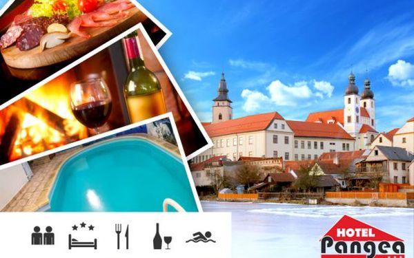 Romantický pobyt v Telči pro dva s neomezeným vstupem do bazénu