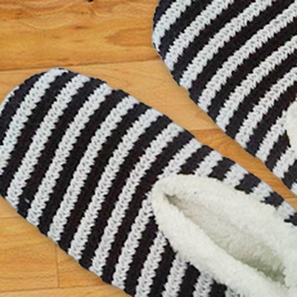 3 páry hřejivých pletených bačkůrek: zahřejte se ve veselých barvách!