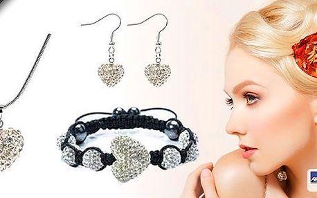 Třpytivý Shamballa set 3v1 Hearts s čirými krystaly.Zasáhněte svou vyvolenou amorovým šípem a obdarujte ji krásným dárkem.Poštovné zdarma!