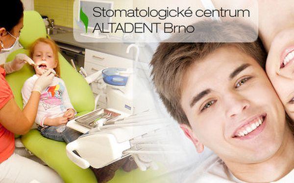 Důkladná dentální hygiena či šetrné bělení zubů