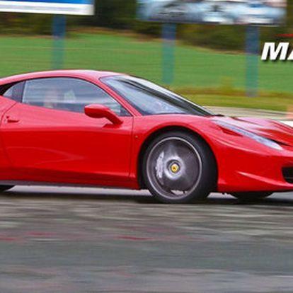Jízdy na okruhu v supersportu Ferrari 458 Italia!