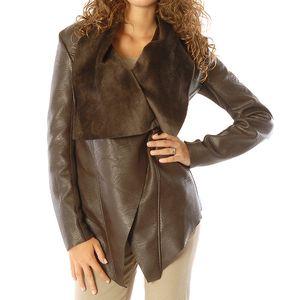 Dámský hnědý krátký kabát s velkým límcem Silvana Cirri