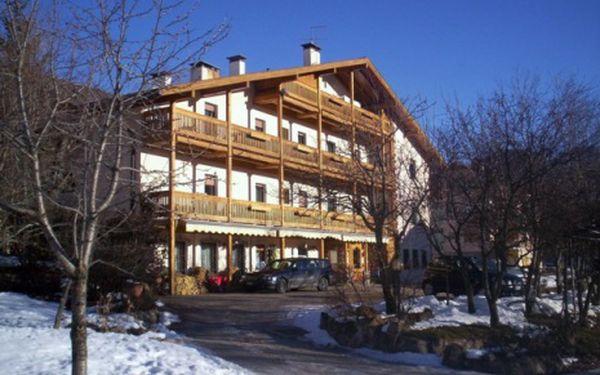 Itálie, oblast Val di Fiemme/Obereggen, snídaně, ubytování v 3* hotelu na 8 dní