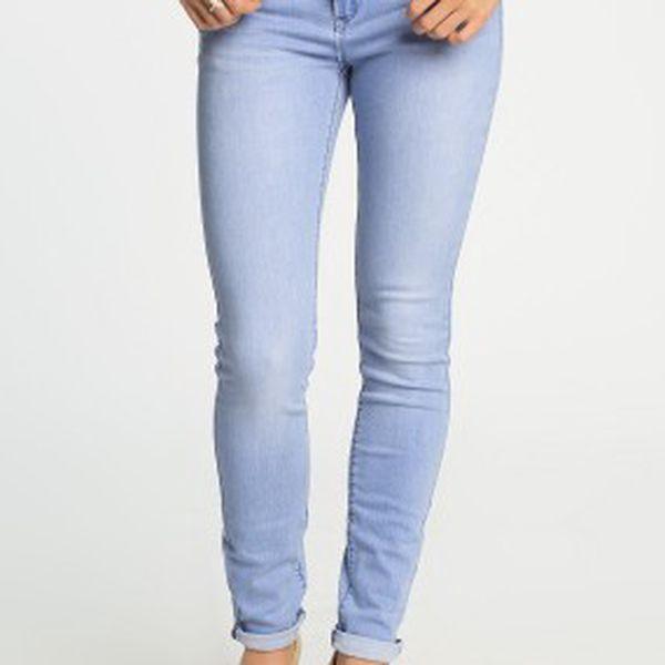 Stylové dámské skinny džíny od New Look