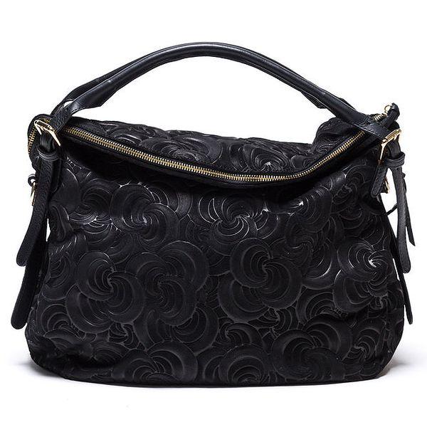 Dámká vzorovaná kožená kabelka v černé barvě Mangotti