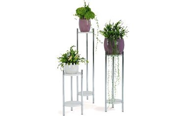 Krásná sada stojanů na květiny